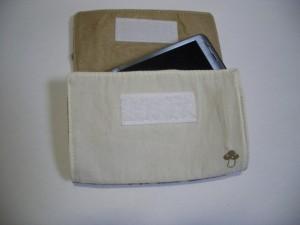 100円カードケース
